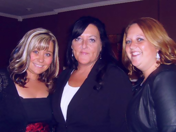 From left to right: Deanne Fitzpatrick, Joanne Cull and Cindy Murray