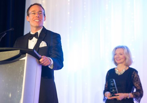 Reece delivering his acceptance speech at the Canadian College of Health Leaders' 2015 National Awards Gala