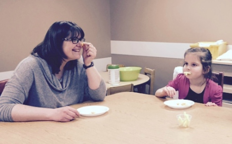 (l-r): Cindy Penney, occupational therapist, and a food school student exploring food!