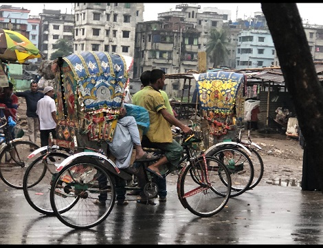 Bike traffic in Dhaka. Photo by Tracey Carter.
